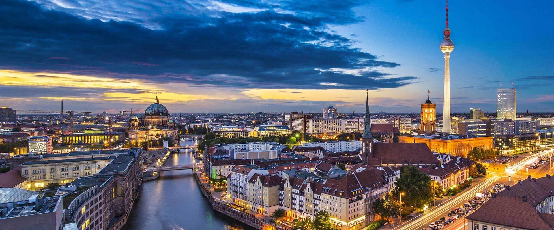 assessing dead sea scrolls authencity in berlin on august 8 2017
